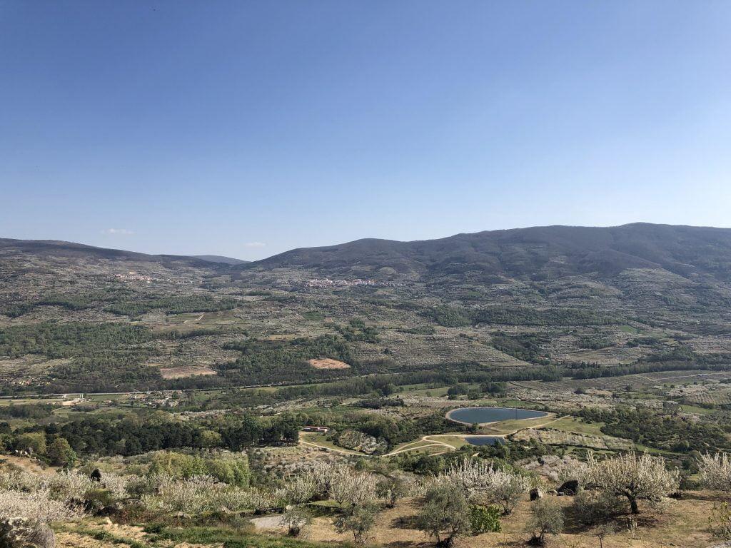 donde se encuentra el valle del jerte