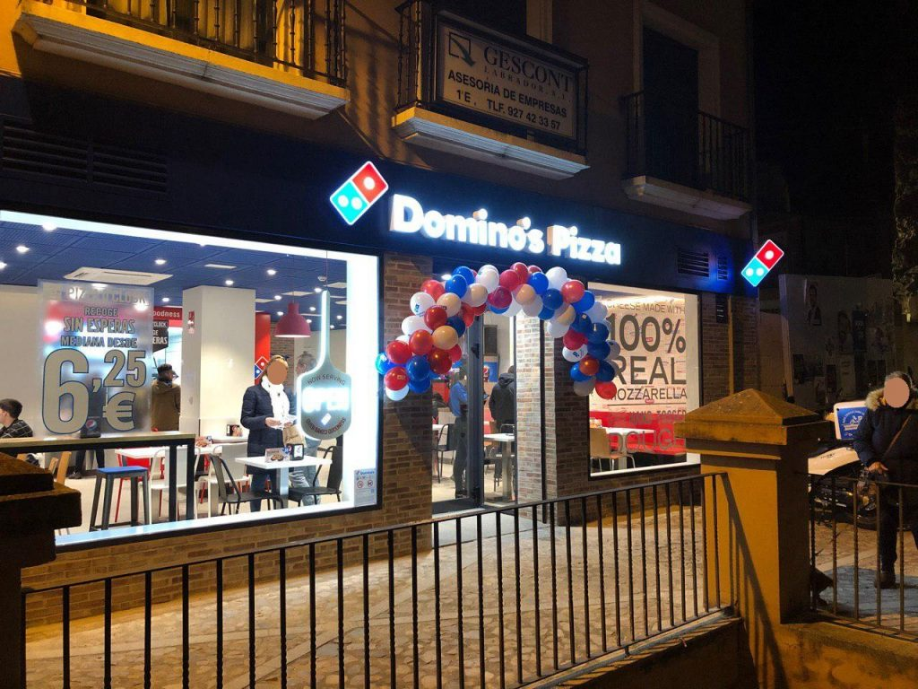 domino pizza plasencia